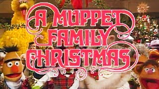 A Muppet Family Christmas is the Best Holiday Special of All Time