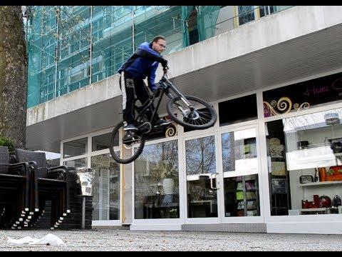 Extreme Urban street bike MTB freeride bicycle jum