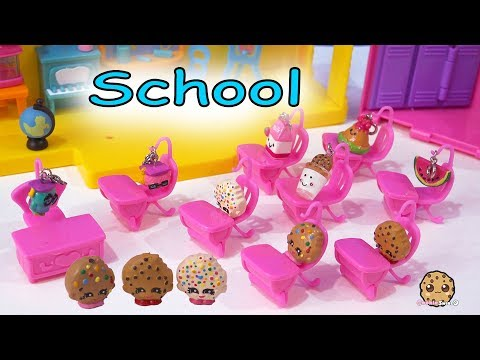 School Day ! Shopkins Cookie Kids and Classroom of Students - Toy Video