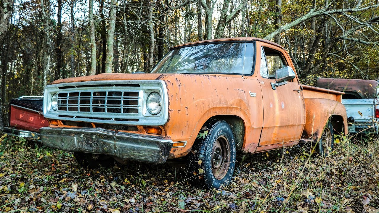 ABANDONED Junkyard Truck On the Road After 13 Years