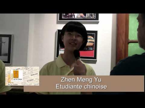Des étudiants chinois à la Maison de la Presse