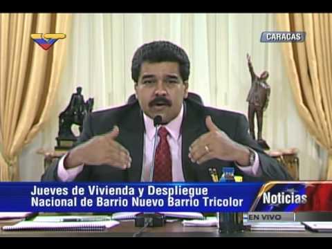 Presidente Maduro muestra fotos de armas y campamentos paramilitares hallados por OLP