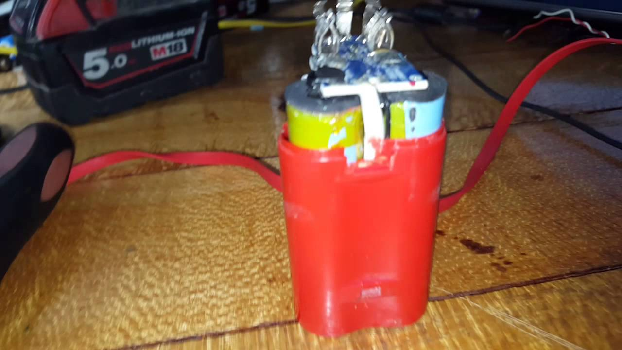 medium resolution of milwaukee m12 1 5amp 12v battery tear down youtube milwaukee m12 battery wiring diagram milwaukee m12 wiring diagram