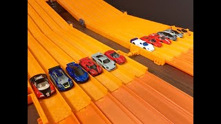 ULTIMATE HYPERCAR 12 Lane SUPER RACE - Hot Wheels
