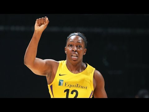 Watch Chelsea Gray Beat The Buzzer To Open 2018 Season For The Sparks!
