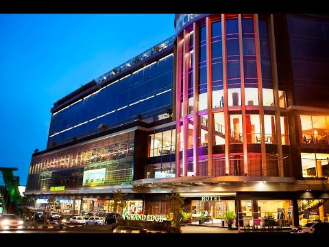 Grand Edge Hotel and Food Arcade Semarang