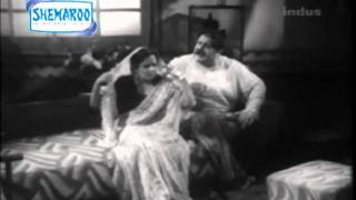Old B/W Hindi Movie Ghar Ki Izzat Part - 2