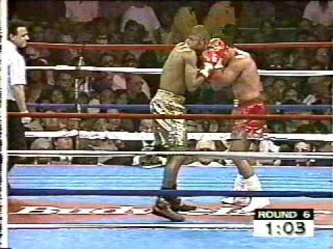Roy Jones, Jr. vs. Vinnie Pazienza 1995 - Jones' intro music and final round