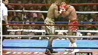 Roy Jones, Jr. vs. Vinnie Pazienza 1995 - Jones' intro music and final round