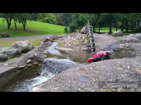 Wasserspiele mit dem RAM SCX10