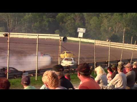 Hummingbird Speedway (6-17-17): Aaron's of DuBois Front-Wheel Drive Four-Cylinder Heat Race #2