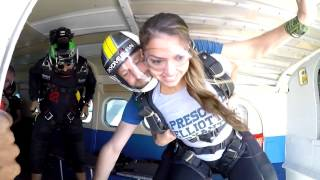 Skydive Dubai!! i went skydiving today!!!!!!! Happy Birthday to Me!!