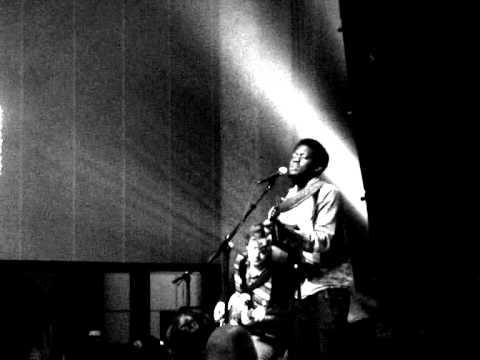 Michael Kiwanuka - ALWAYS WAITING (Live at Songbird Festival - Rotterdam, 20-11-2011)