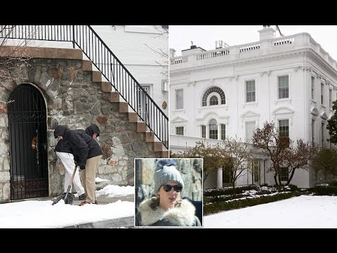 Ivanka Trump enjoys the winter weather in DC while Secret Service agents get to work.