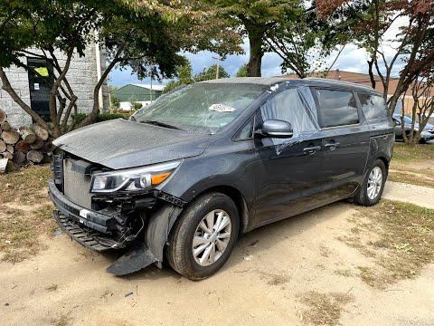 В 4 раза ниже рыночной цены - вы бы рискнули? 5600$ 2017 Kia Sedona LX. Авто из США 🇺🇸.