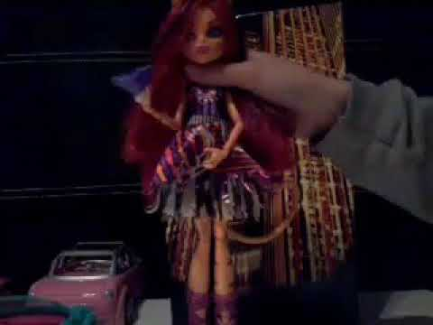 Toralei ,voleuse de voix musique Boo york boo york monster high