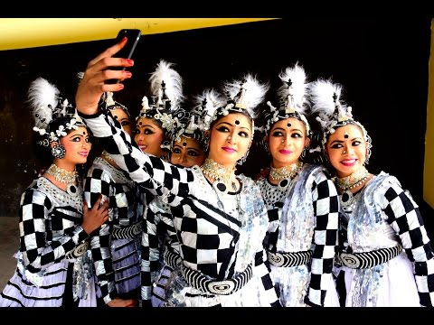 Group Dance First  HS Sacred Heart Thrissur 2017
