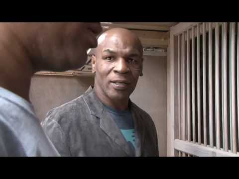 MikeTyson - Birdman of Boxing