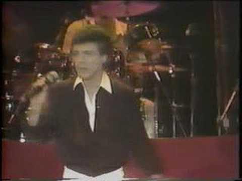 Frankie Valli & The Four Seasons - Dawn (live) - [STEREO]