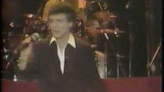 Frankie Valli & The Four Seasons - Dawn (live) - [STEREO]