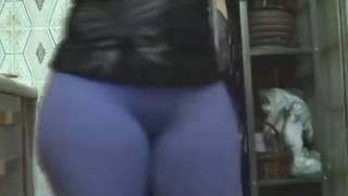 big butt women 022via torchbrowser com