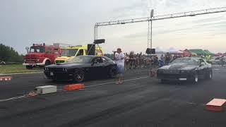 Chevrolet Camaro Z28 + NITRO drag racing vs Dodge Challenger 392 SRT - BEAST MODE ACTIVATED