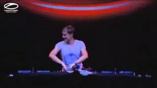 Roman Messer feat. Christina Novelli - Frozen (Alex M.O.R.P.H Remix) [ASOT 700]