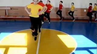 Урок гімнастики в 4 класі. Вчитель-Шкамаріда T.С.