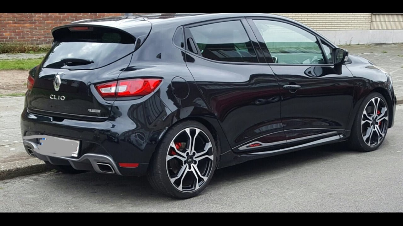 very loud renault clio rs akrapovic 220 trophy youtube. Black Bedroom Furniture Sets. Home Design Ideas