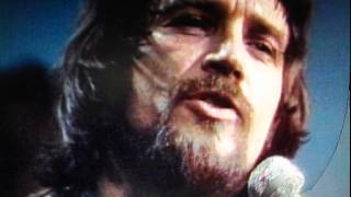 waylon jennings it s not supposed to be that way live