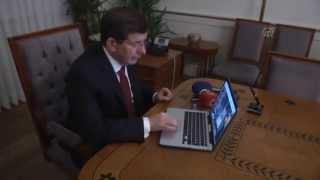 """Başbakan Davutoğlu Aa """"yılın Fotoğrafı"""" Oylamasına Katıldı"""