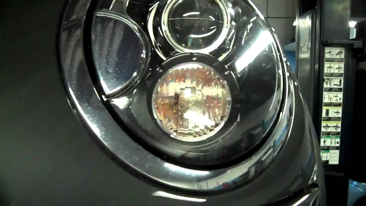 How To Replace A Turn Signal Bulb On A Mini Cooper S Bulb
