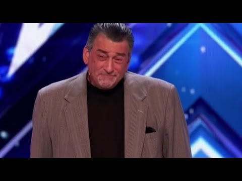 ROBERT DeNIRO Gets Booed off stage on America's Got Talent