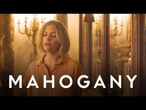 Tove Styrke - On The Low | Mahogany Session