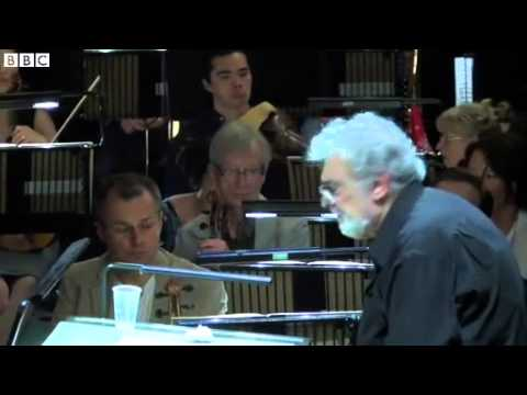 BBC News  Placido Domingo conducts the Royal Opera House's Tosca