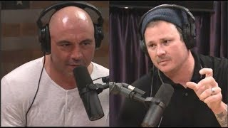 Tom Delonge Explains His UFO Obsession to Joe Rogan