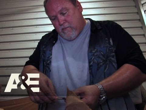 Storage Wars: Jeff Needs a Cut | A&E