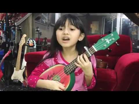 Wow..!! Comel Nye Ni Anak Bawa Lagu Despacito