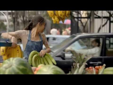narcos Fruit Girl