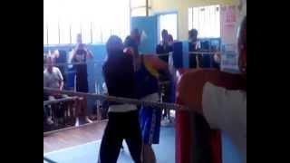 Boxe anglaise huit clos -75kg