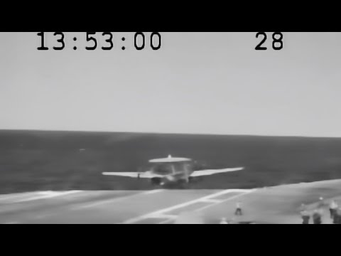 Navy Pilots Awarded Medal For Saving Plane From Crash Landing