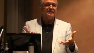 Prof. Mohssen Massarat - IS & Chaos und Krieg im Mittleren Osten: Hintergründe & Alternativen (1/3)