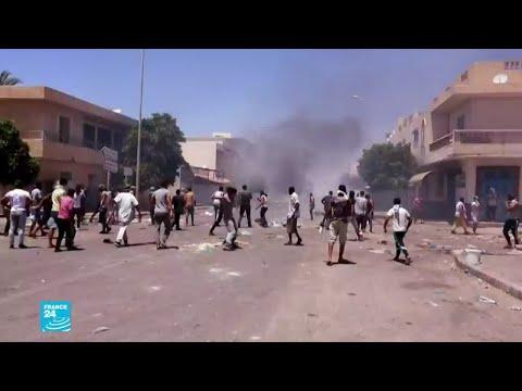 تونس.. تجدد المواجهات بين قوات الأمن ومحتجين في تطاوين واتحاد الشغل يدعو لإضراب عام في الولاية  - 18:59-2020 / 6 / 22