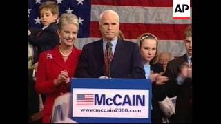 USA: ARIZONA: JOHN MCCAIN BEATS GEORGE W BUSH IN PRIMARY