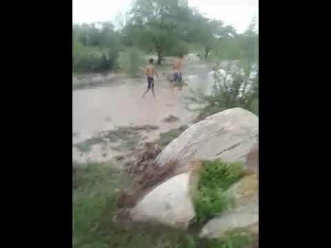 PEBA,Aguas belas .Barragem  recebendo agua rio do SACĂO
