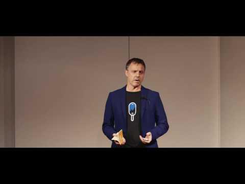 How dreams spark creativity | Lutz Lungershausen | TEDxKielUniversity