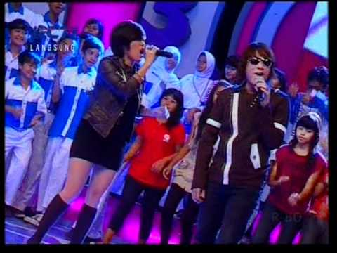 Kamaya feat. Firman - Nanti Dulu,performed at Dahsyat (23/05)(Courtesy RCTI)