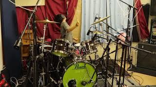 Improvised drum by Yoyoka