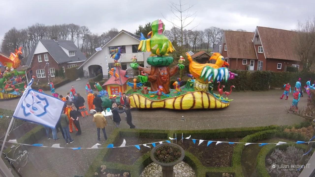 cv mander Papsleef'n Carnavalsoptocht Geesteren 2017   CV Mander   YouTube