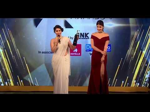 Neha Bhasin | Femina Women Jury Award for Music & Performing Arts
